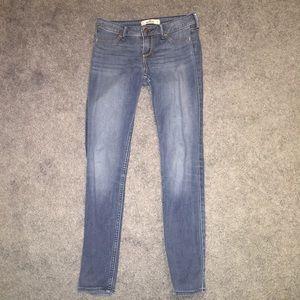 Hollister Medium Wash Jeans/Jeggings
